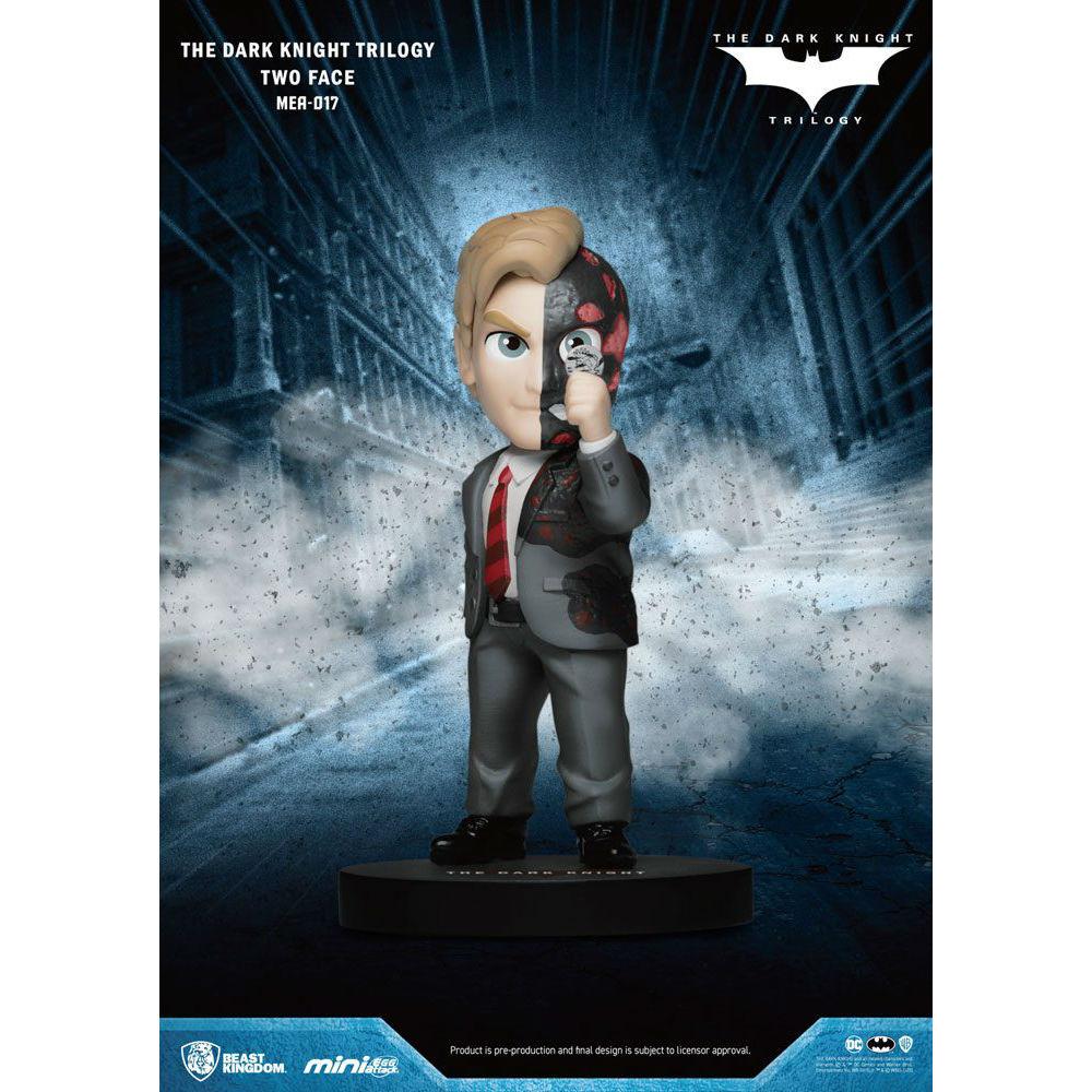 Batman - The Dark Knight Two-Face Egg Attack 8 cm